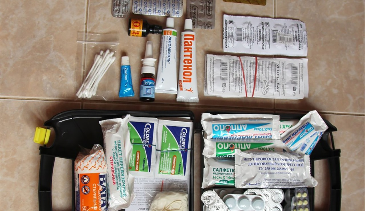 Preparing the first aid kit
