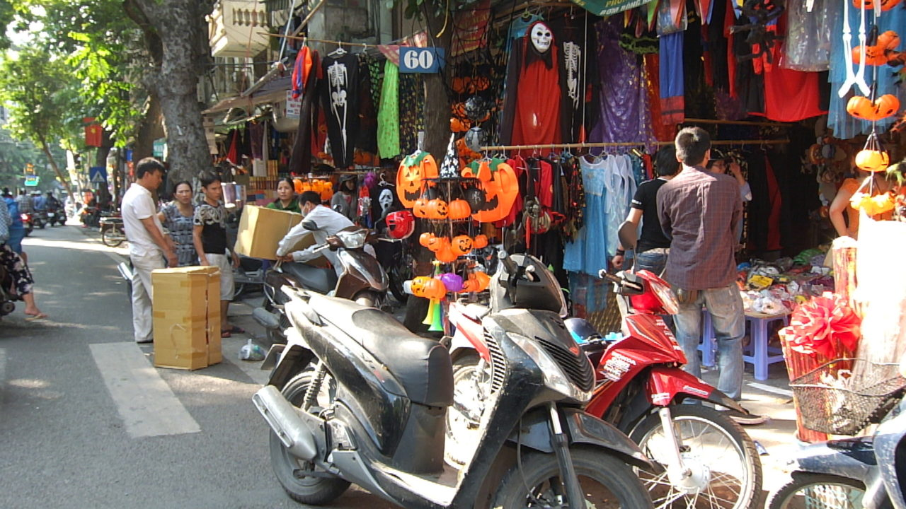 Vietnam Market Before Haloween