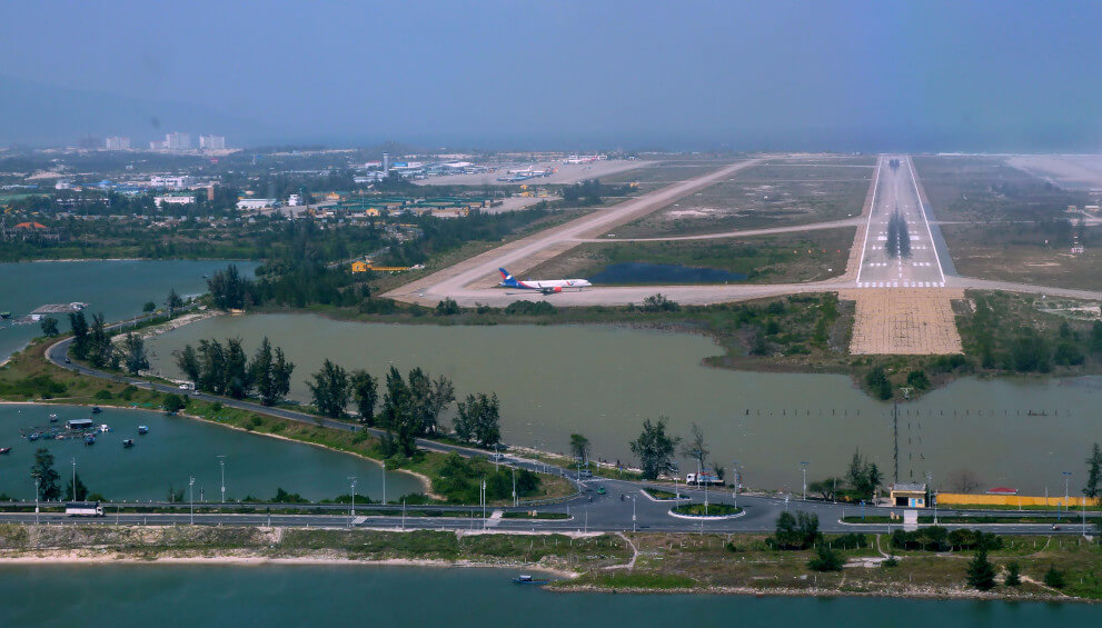 Runway at Cam Ranh Airport