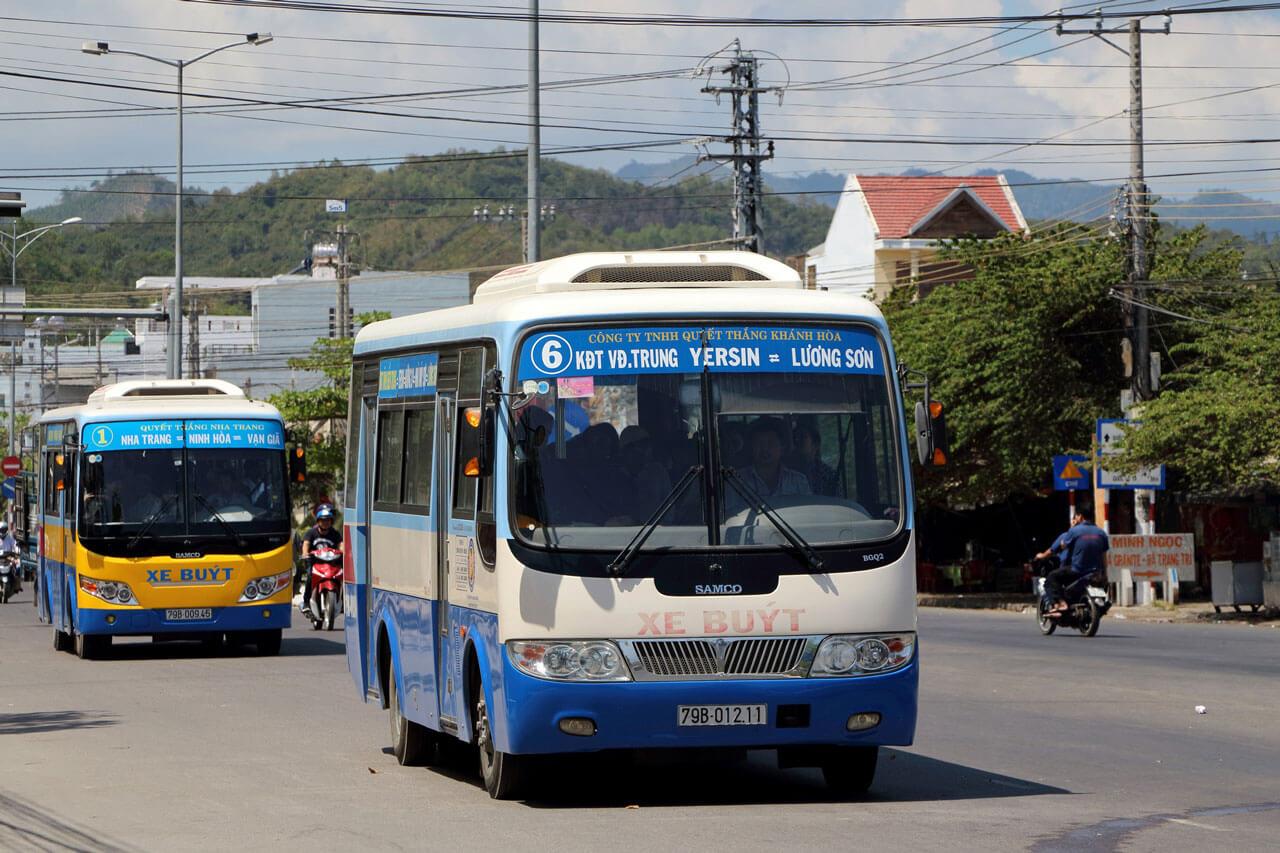 Автобус №6 в Нячанге