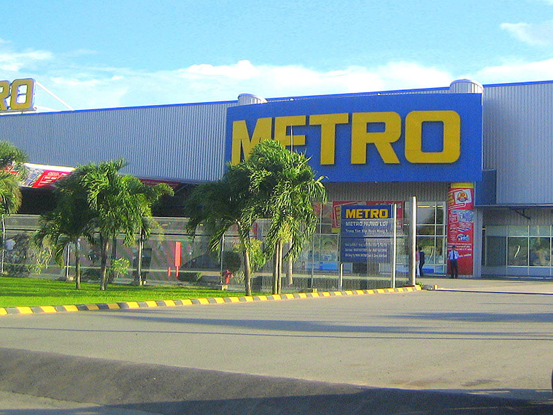 Shopping Mall METRO
