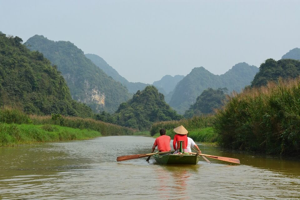 Vietnamese fishermen in a boat
