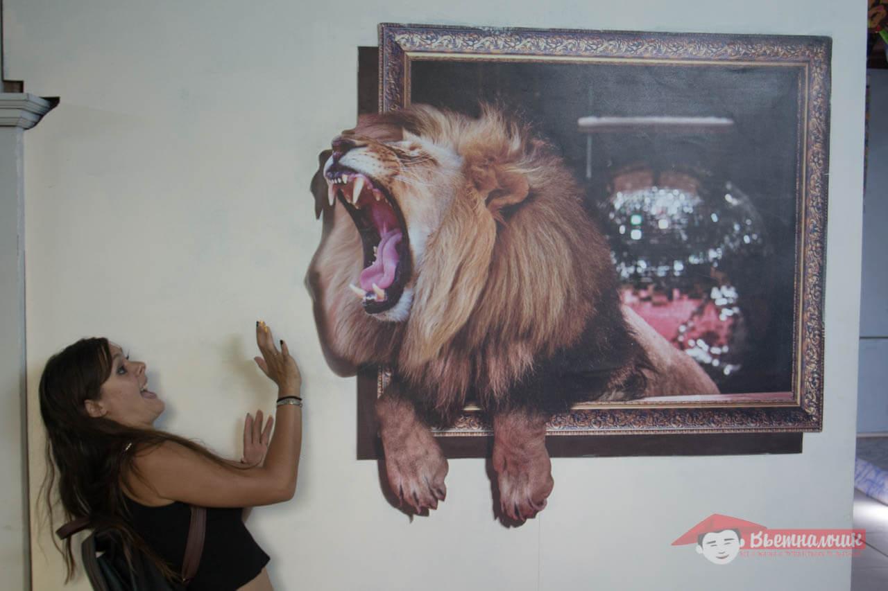 Музей впечатлений в Нячанге: иллюзии, перевернутая комната, вещи великана