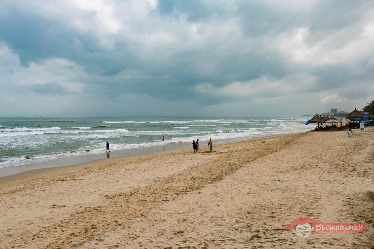 China Beach (Chinese Beach)