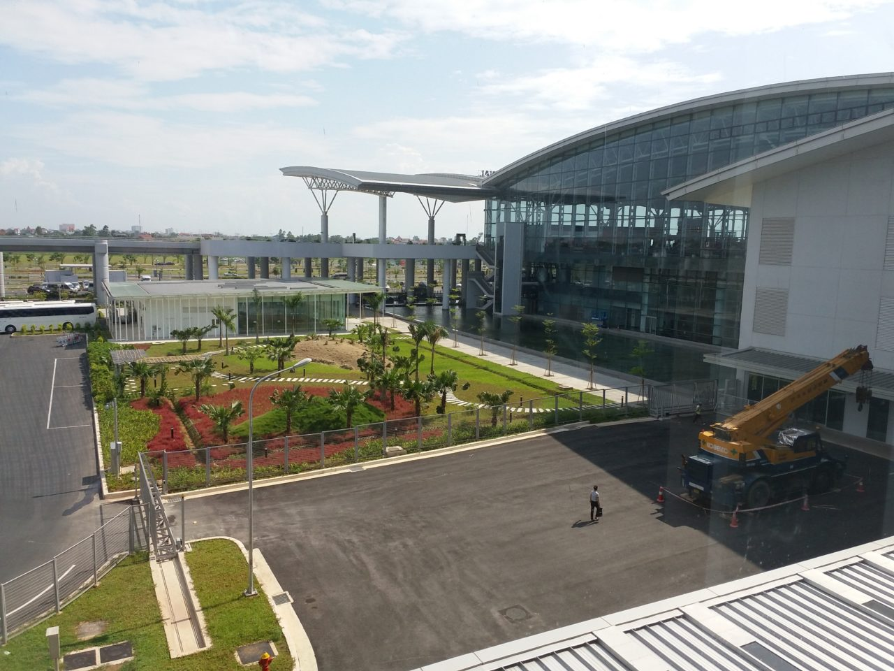 Airport courtyard