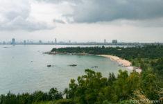 Вид на Дананг с полуострова